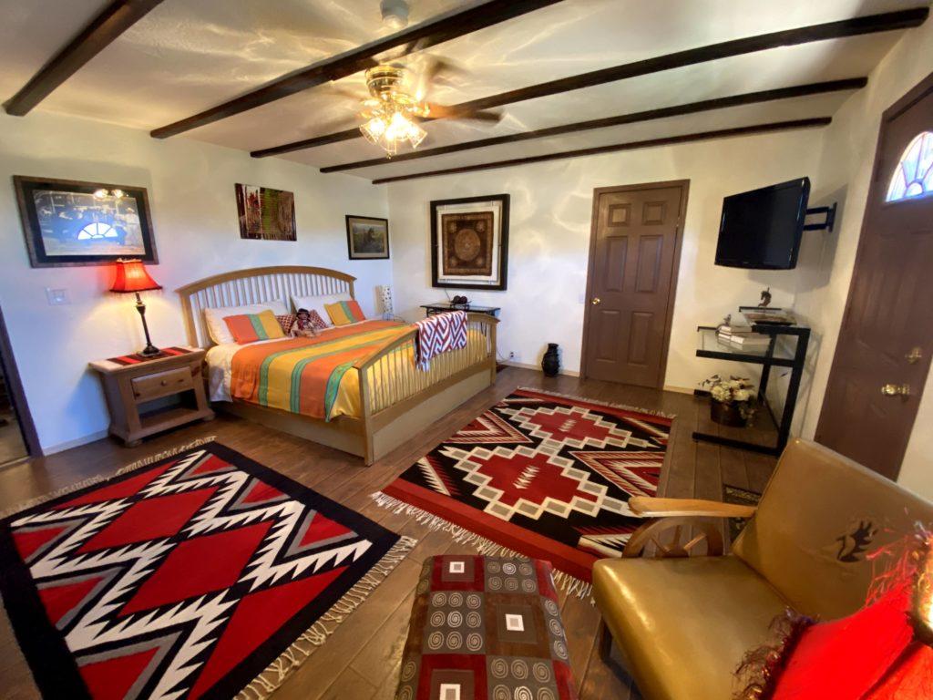 Guest house_BLACK VELVET_3
