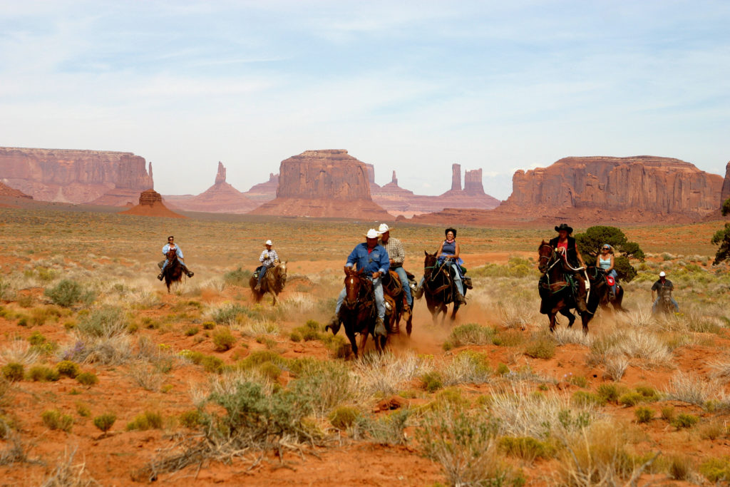 Monument-Valley_10-06_089